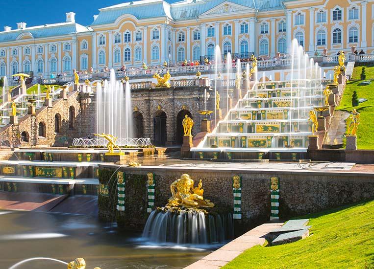 Экскурсия в Петергоф из Петербурга